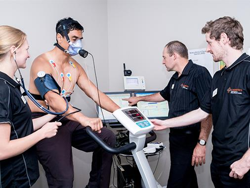 Clinical Exercise Physiology students assess a client at the U-Kinetics Exercise and Wellness Centre