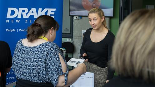 http://www.ucol.ac.nz/NewsImages/Employment Expo 1 web crop.jpg